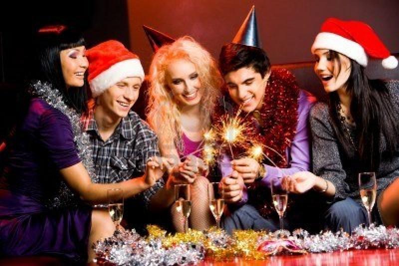 Nova godina sa društvom ili u paru