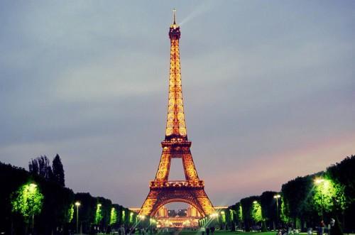 Doček Nove Godine Pariz slike restoran hotel