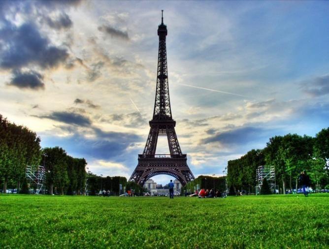 Pariz Nova Godina slike